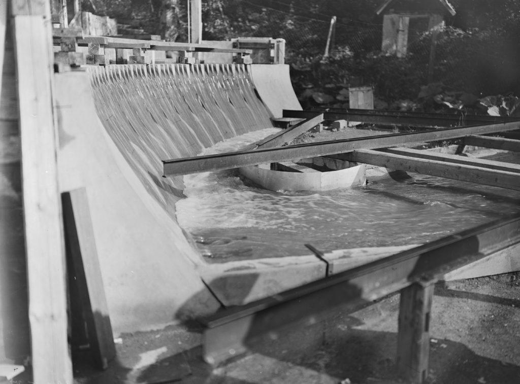 Bilder vom Sperrmauermodell im Edersee an der Bericher Hütte 6